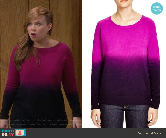 Aqua Raglan Dip Dye Sweater worn by Amanda Fuller on Last Man Standing