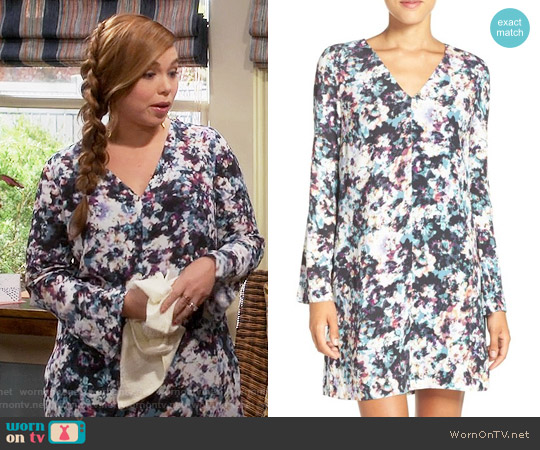 Chelsea28 Floral Print Shift Dress worn by Amanda Fuller on Last Man Standing