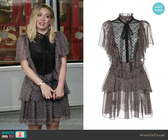 Philosophy Di Lorenzo Serafini Printed Chiffon Short Sleeve Dress worn by Hilary Duff on Younger