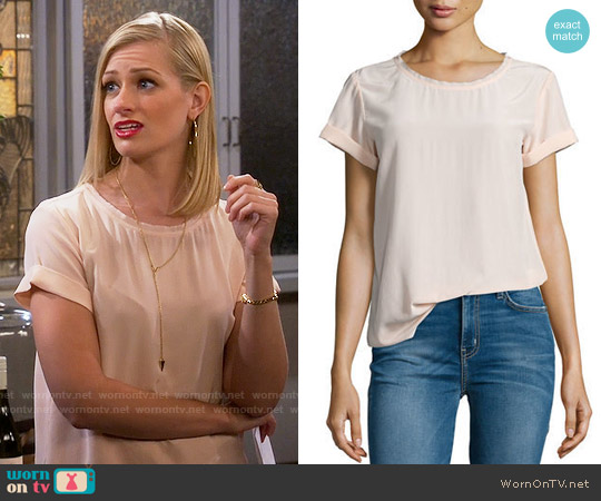 Theory Bakeeve Silk Top worn by Beth Behrs on 2 Broke Girls