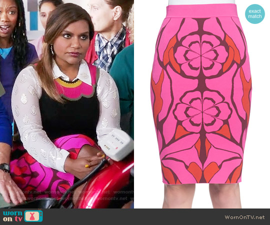 Alexander McQueen Flower Jacquard Pencil Skirt worn by Mindy Kaling on The Mindy Project