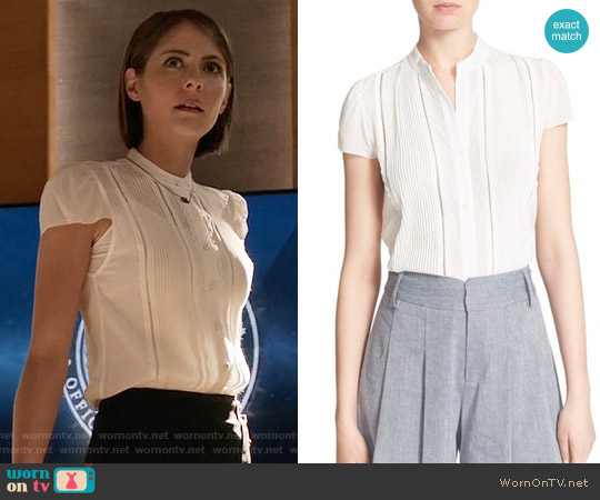 Alice + Olivia Jaclyn Top worn by Willa Holland on Arrow