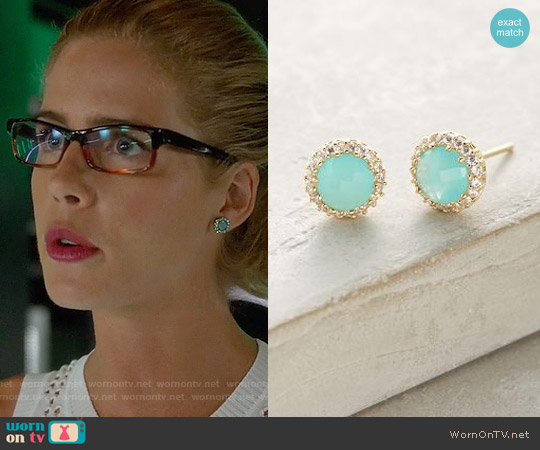 Anthropologie Aludra Posts worn by Felicity Smoak on Arrow