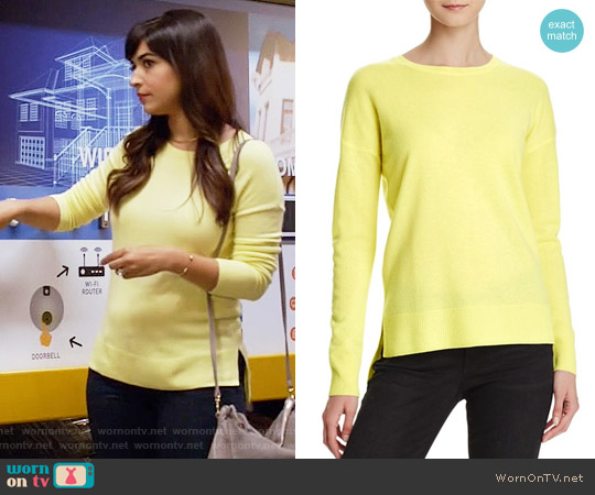 Aqua Cashmere High/Low Crewneck Cashmere Sweater worn by Hannah Simone on New Girl