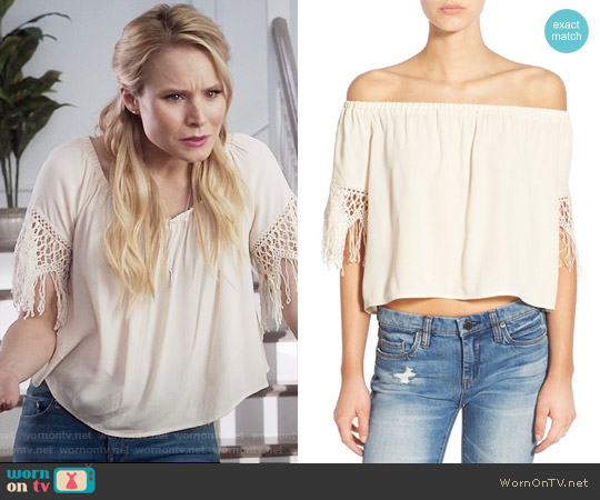 ASTR Crochet Fringe Off the Shoulder Top worn by Eleanor Shellstrop (Kristen Bell) on The Good Place