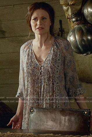 Belle's floral print dress on Once Upon a Time
