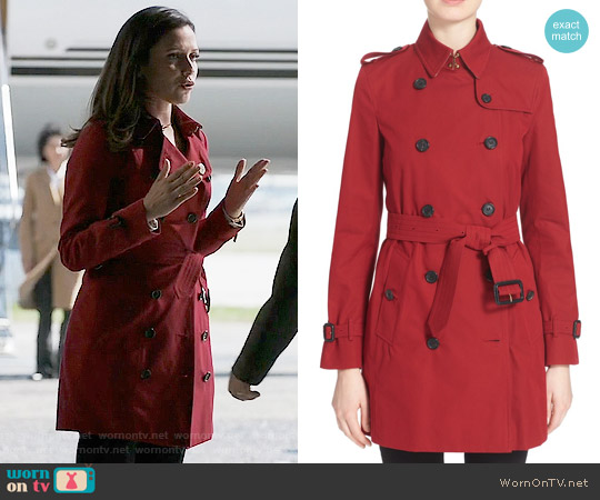 Burberry 'Kensington' Double Breasted Trench Coat worn by Italia Ricci on Designated Survivor