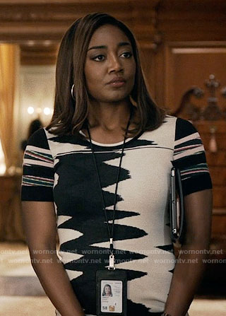Daisy's black and white wavy pattern dress on Madam Secretary