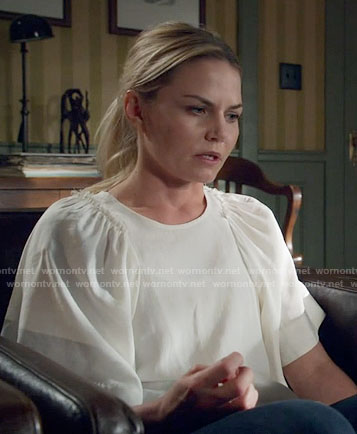 Emma's white top with oversized sleeves on Once Upon a Time