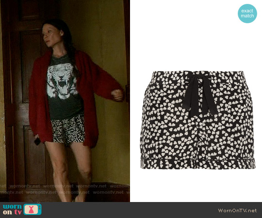 Equipment Lilian Print Pajama Shorts worn by Lucy Liu on Elementary
