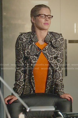 Felicity's orange ribbed dress and lace trench coat on Arrow