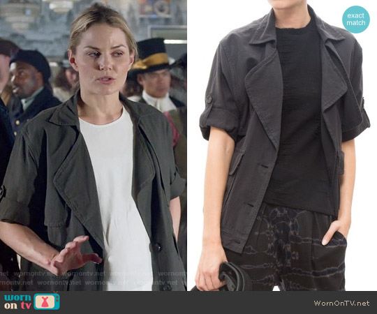 Frame Le Oversized Jacket in Noir worn by Jennifer Morrison on OUAT