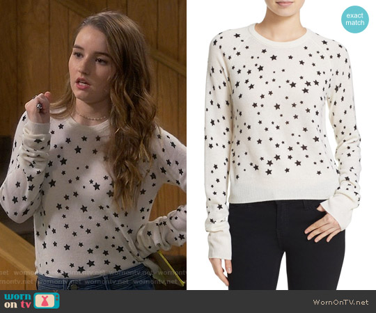 Kate Moss for Equipiment Ryder Star Print Sweater worn by Kaitlyn Dever on Last Man Standing