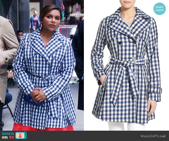 Laundry by Shelli Segal Gingham Print Double Breasted Trench Coat worn by Mindy Kaling on The Mindy Project