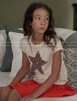 Lily's sequin star tee on Modern Family