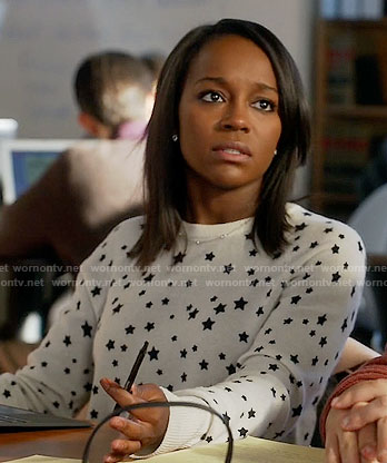 Michaela's black and white star print sweater on How to Get Away with Murder