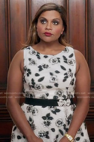 Mindy's black and white floral dress on The Mindy Project
