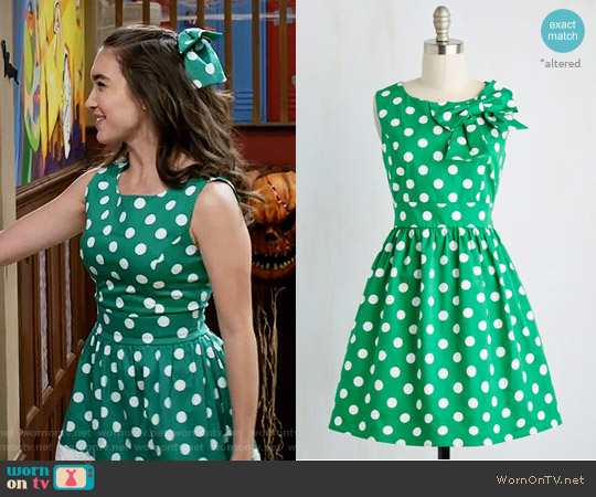 ModCloth The Pennsylvania Polka Dress in Shamrock Dots worn by Riley Matthews (Rowan Blanchard) on Girl Meets World