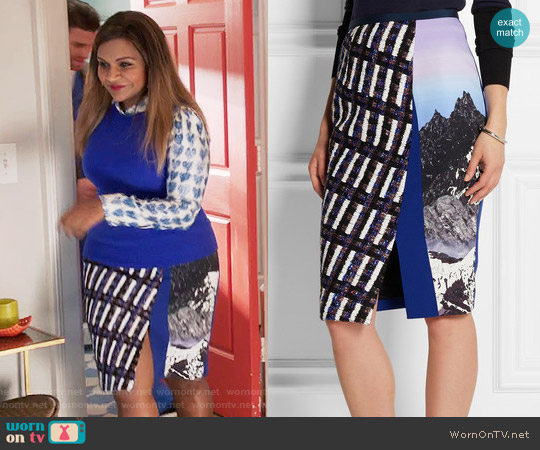 Peter Pilotto Vic Tweed-paneled Printed Strech-crepe Skirt worn by Mindy Lahiri on The Mindy Project