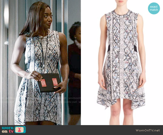 Proenza Schouler Printed Silk Goergette Flared Dress worn by Daisy Grant (Patina Miller) on Madam Secretary