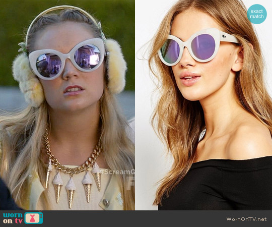 Quay Screamin' Diva Cat-Eye Sunglasses worn by Billie Lourd on Scream Queens