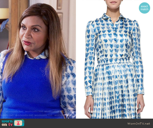 RED Valentino Scribbled Heart-Print Shirt worn by Mindy Kaling on The Mindy Project