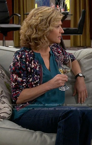 Vanessa's purple printed cardigan on Last Man Standing