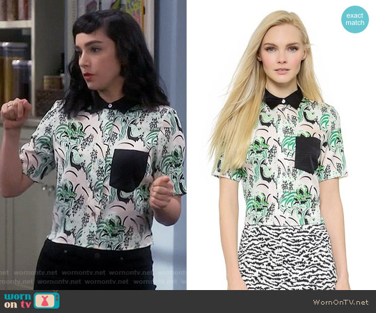 Veronica Beard Palm Garden Cropped Top worn by  Molly Ephraim on Last Man Standing