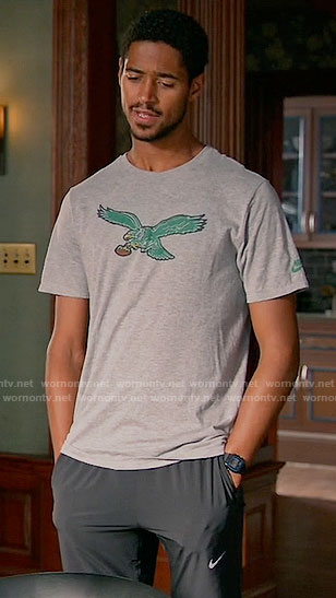 Wes's Eagles tee on How to Get Away with Murder