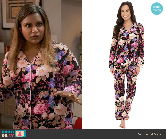 BedHead Classic PJ Set in Noir Closet Romantic worn by Mindy Kaling on The Mindy Project