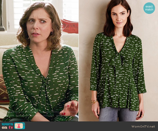 Anthropologie Maeve Tie-Neck Swing Blouse worn by Rachel Bloom on Crazy Ex-Girlfriend