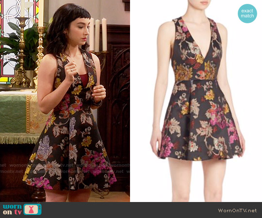 Alice + Olivia Mollie Dress worn by  Molly Ephraim on Last Man Standing