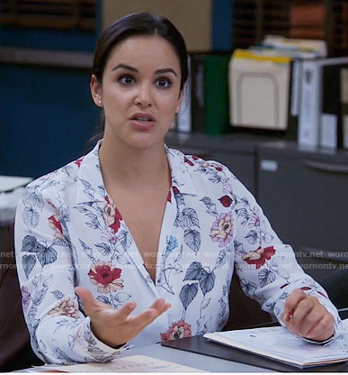 Amy's white floral blouse on Brooklyn Nine-Nine
