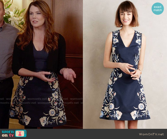 Anthropologie Embroidered Bellflower Dress worn by Lauren Graham on Gilmore Girls