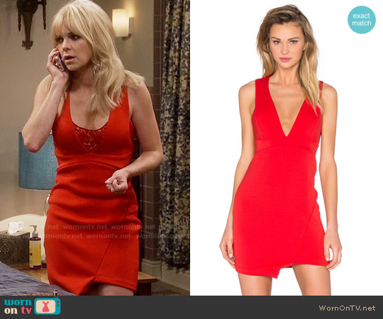 Bec & Bridge Desert of Paradise Deep V Mini Dress worn by Anna Faris on Mom