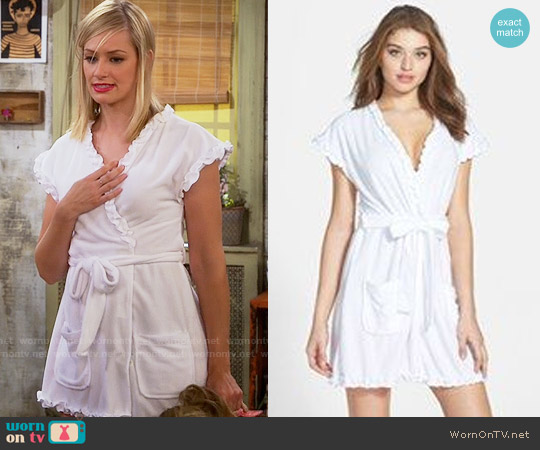 Betsey Johnson 'Vintage' Ruffle Trim Terry Robe worn by Beth Behrs on 2 Broke Girls
