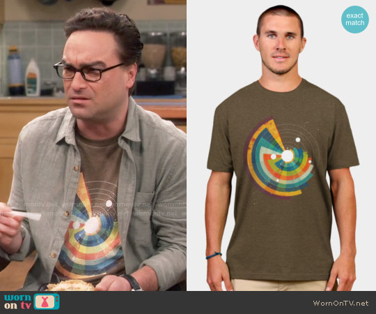 Design by Humans The Vortex T-shirt worn by Johnny Galecki on The Big Bang Theory