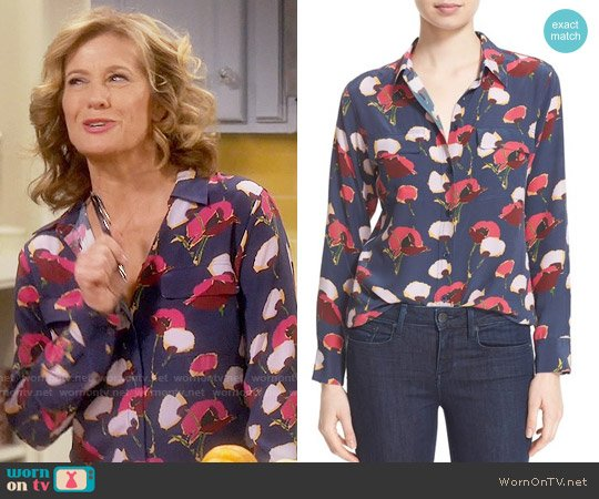 Equipment Slim Signature Floral Blouse worn by Nancy Travis on Last Man Standing