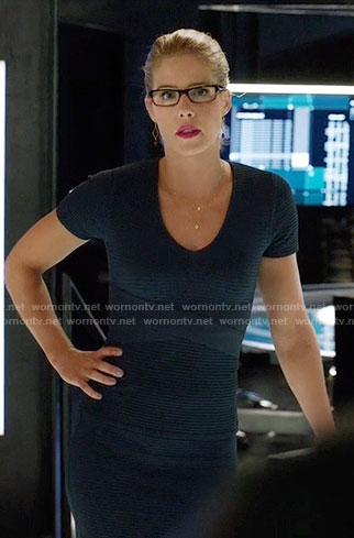 Felicity's blue ribbed v-neck dress on Arrow