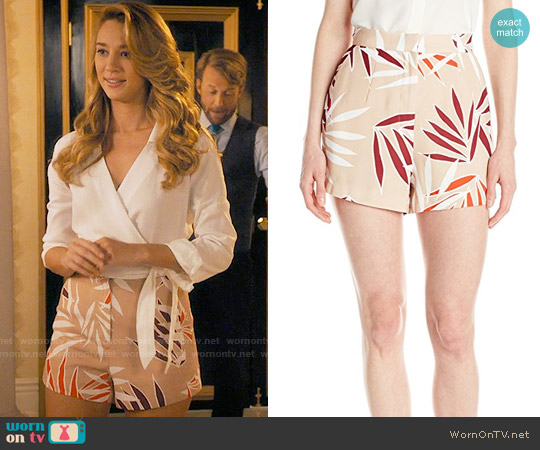 Finders Keepers Last Time Short worn by Petra Solano (Yael Grobglas) on Jane the Virgin
