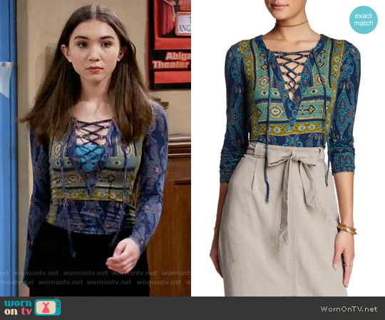 Free People Aloha Tee worn by Riley Matthews (Rowan Blanchard) on Girl Meets World