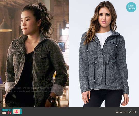 Full Tilt Marled Anorak worn by Jadyn Wong on Scorpion