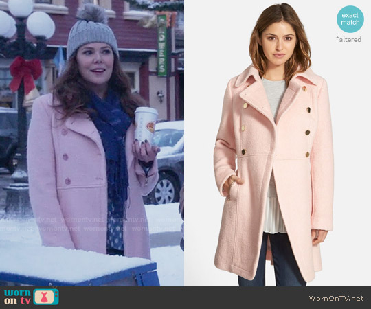 Guess Double Breasted Bouclé Cutaway Coat worn by Lauren Graham on Gilmore Girls