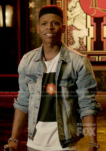 Hakeem's graphic tee on Empire