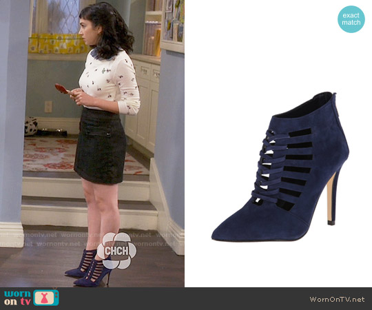 Ivanka Trump Sweet Dress Pump in Navy Suede worn by  Molly Ephraim on Last Man Standing