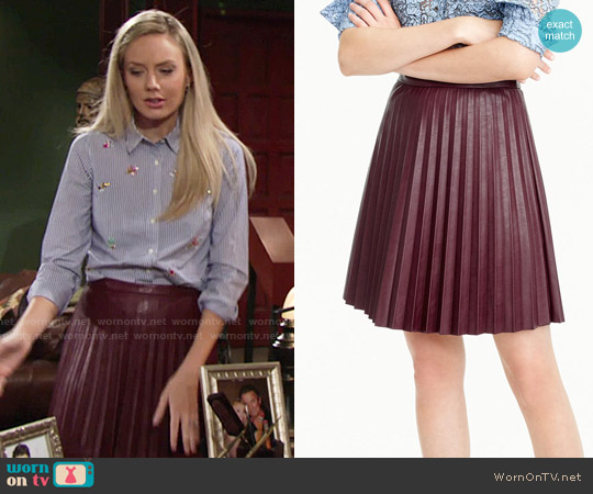 J. Crew Faux Leather Pleated Mini Skirt in Cabernet worn by Abby Newman on The Young & the Restless