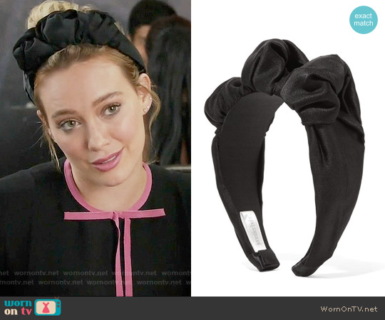 Jennifer Behr Silk-satin Headband worn by Kelsey Peters on Younger