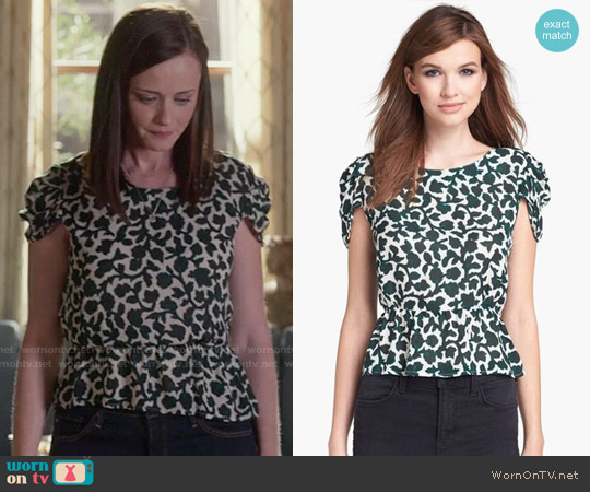 Joie Jileen Top worn by Rory Gilmore (Alexis Bledel) on Gilmore Girls