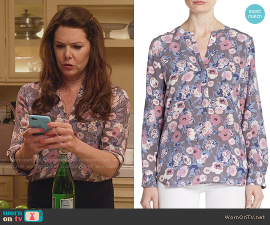 Joie Peterson Floral Silk Blouse worn by Lorelai Gilmore (Lauren Graham) on Gilmore Girls