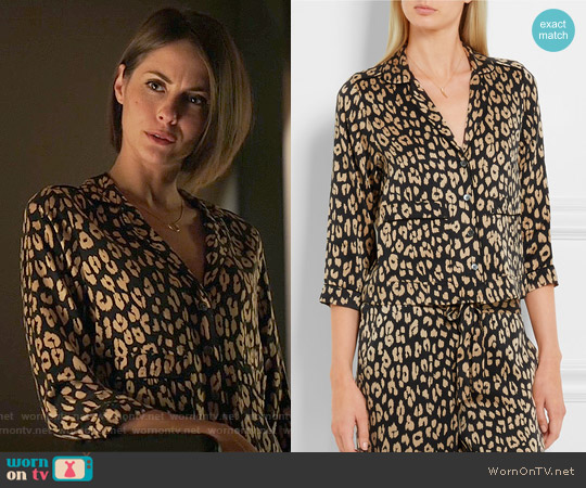 Kate Moss for Equipment Lake Leopard-Print Silk Pajama Top worn by Willa Holland on Arrow